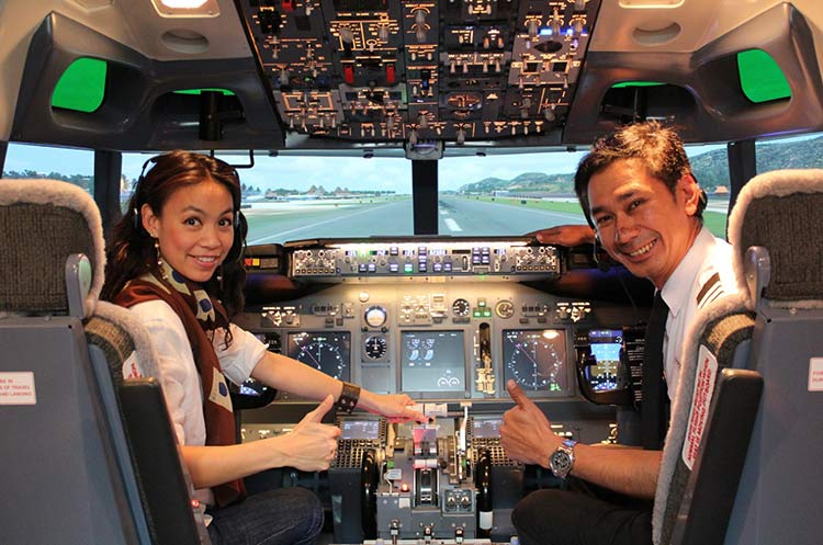 Flight Experience Bangkok - Price 4,550 Baht - Fly a real Boeing 737